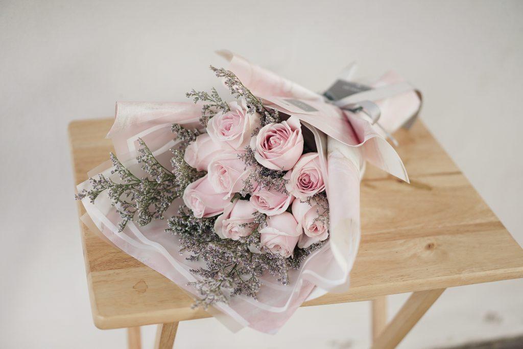 ช่อดอกไม้ - ดอกกุหลาบสีชมพู