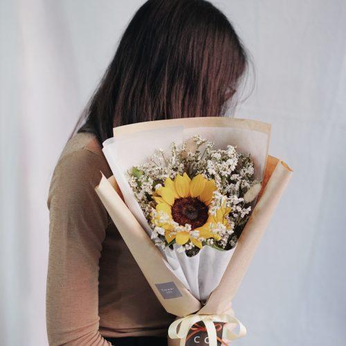 ช่อดอกไม้ ดอกทานตะวัน สีเหลือง ดอกไม้รับปริญญา ขนาดเล็ก