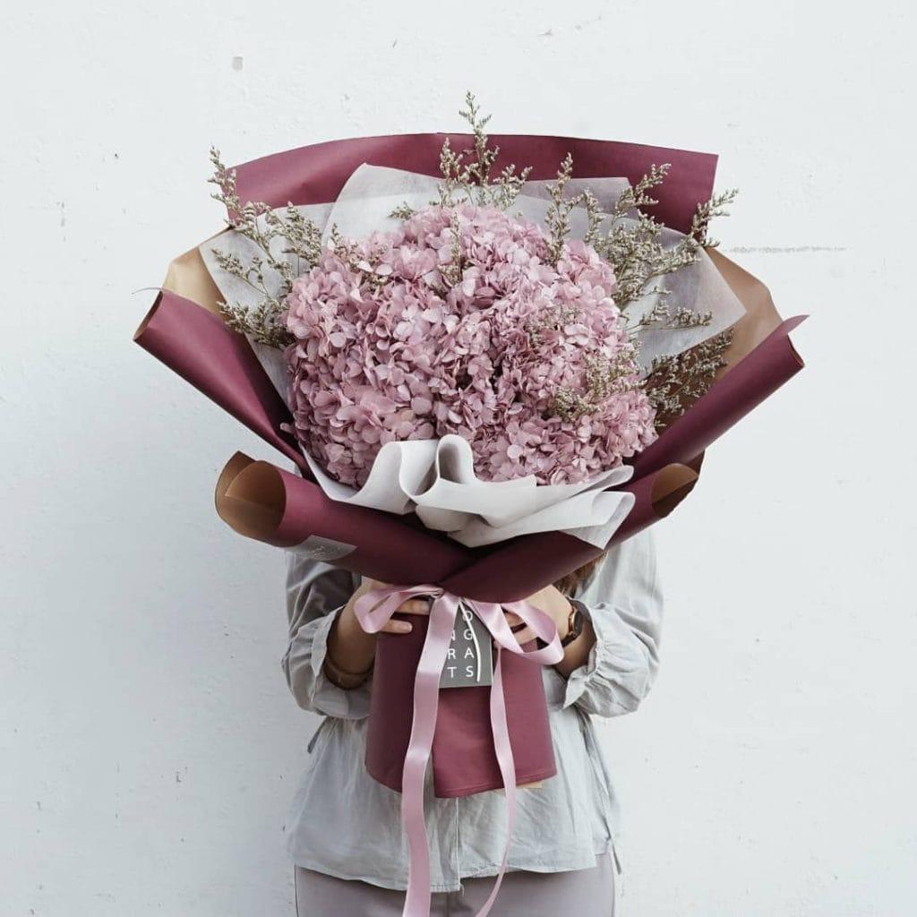 ช่อดอกไม้ - ดอกไฮเดรนเยีย