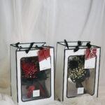 Amata Bloom Bag ดอกไม้วาเลนไทน์ ดอกกุหลาบสีแดง ช่อดอกกุหลาบ ช่อดอกไม้สวยๆ จากร้านดอกไม้ Flowerlab by Chanana