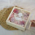 Amata Wooden Box ดอกไม้วาเลนไทน์ ดอกกุหลาบสีแดง ช่อดอกกุหลาบ ช่อดอกไม้สวยๆ จากร้านดอกไม้ของเรา